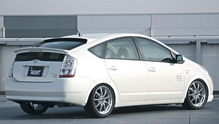 Garage Vary Roof Spoiler Toyota PRIUS MotiveJAPAN - 2004 prius