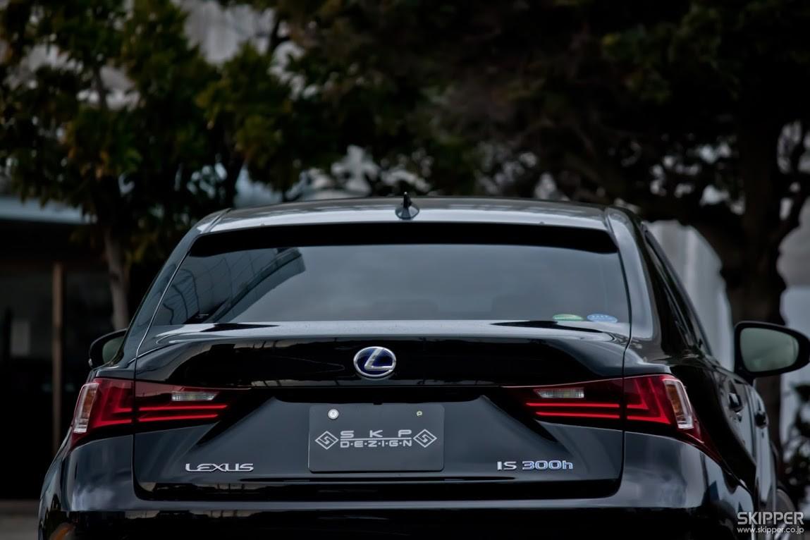 Skipper Lexus IS250/IS350 Roof Spoiler | motiveJAPAN